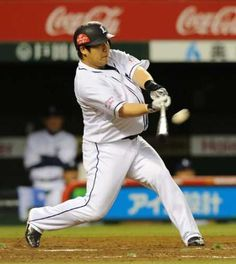 Takeya Nakamura drills a solo home run - his 13th of the year - to left field off Yuuya Andoh to put the Lions on the board in the 4th inning on Wednesday, June 13, 2012