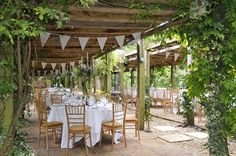 8 Beautiful Outdoor Wedding Venues In The South West - Maunsel House | CHWV