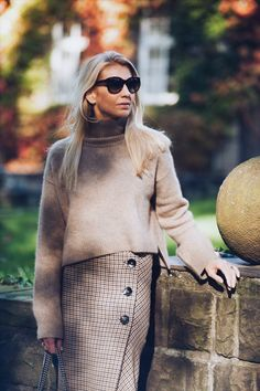 Cozy sweater and checked skirt... #skirt #sweater #cozy #styles #looks #personalshopper #stylist #falllooks #fashionpost #chloé #shades #zara #checkedskirt
