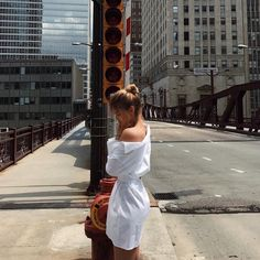 summer outfit and style ideas, white wrap dress casual fashion Ny Fashion, Fashion Outfits, Selfies, White Wrap Dress, Weather Wear, Models Off Duty, Photo Dump, Tumblr Girls, Outfit Goals
