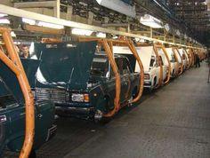 АвтоВАЗ будет наращивать объемы производства со следующего года. В компании АвтоВАЗ решили рассказать о своих производственных планах на следующий год. Объемы сборки начнут увеличивать уже с января следующего года. К концу следующего года автогигант намерен в
