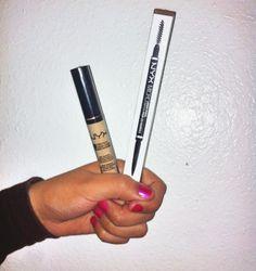 Finally found my shade in @nyxcosmetics concealer (CW 04) & the Micro Brow pencil in 'ash brown'. #nyxcosmetics #nyx #nyxmicrobrowpencil #nyxconcealer #aspiringmakeupartist #makeup #makeuplover #makeupjunkie #makeupaddict #makeupobsessed #instamakeup by missjaniearrz