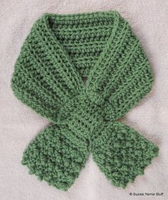 Free Crochet Pattern: BIBBITY BOBBITY BOW SCARFLET...quick to make and really cute! If I made this in cotton yarn it could work for slobbers maybe. ~ free pattern