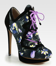 Nicholas Kirkwood suno printed canvas and suede lace up anbkle boot from fall 2012 collection.  Click here to buy.