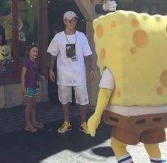 This pic is really cute, But I would've been lowkey frightened about that SpongeBob!