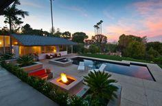 Outside -- 1961 Dailey House | Architect: Richard Neutra | Palos Verdes Estates, CA