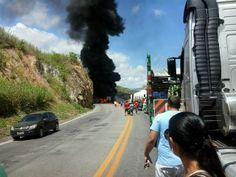 PLANTÃO: Acidente no Mutum envolvendo 4 carros. Duas mortes e três feridos