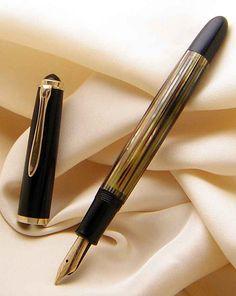 Pelikan 400NN Tortoise Vintage Fountain Pen from 1950s