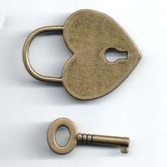 Pair of Vintage Bronze Lock Key Pendant Decorations Retro Jewelry Ornaments
