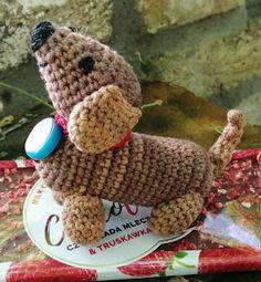 Elvesztetted a fonalat? Itt megtalálod! Kézimunkasuli: Horgolt tacskó amigurumi Dinosaur Stuffed Animal, Teddy Bear, Knitting, Toys, Crochet, Animals, Google, Free Pattern, Toy Diy