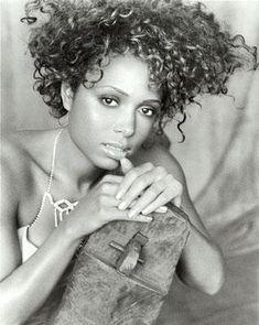 Tamia - curly cutie!