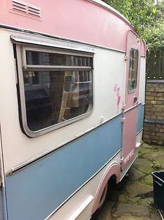 love this style of caravan