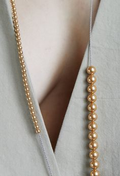 """Imperfect / Necklace, Two Interruptions — naoko ogawa """"drawing"""" WEBSHOP Pearl Cream, Gold Pearl, Pearl White, Naoko, Jewel Box, White Silk, Pure Silk, Pearl Beads, Im Not Perfect"""