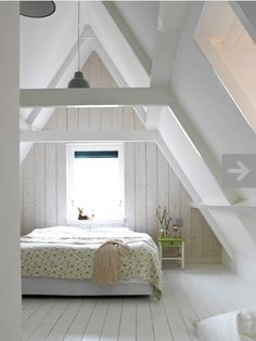 Schon Check Out 39 Dreamy Attic Bedroom Design Ideas. An Attic Bedroom Is Usually  Associated With Romance Because Itu0027s Great To Get The Necessary Privacy.