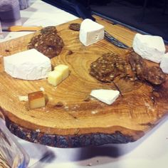 Topped on crackers or accenting your favourite dishes, Canadian cheese is delicious no matter how you slice it. See why Canadian cheese deserves a spot on your menu. Canadian Cheese, Meat And Cheese, Simple Pleasures, Cheese Recipes, Camembert Cheese, Dairy Farmers, Dishes, Choices, Desserts
