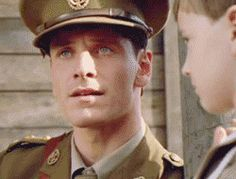 I find literally everyman in uniform so freakinggg hott!Micheal Fassbender in Bear Named Winnie (2004)