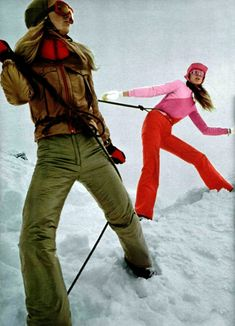 L'officiel de la mode magazine – Daily Fashion Ski Fashion, Fashion Pants, Winter Fashion, Daily Fashion, Apres Ski Party, Vintage Swim, Vintage Hawaii, Vintage Travel, Ski Bunnies