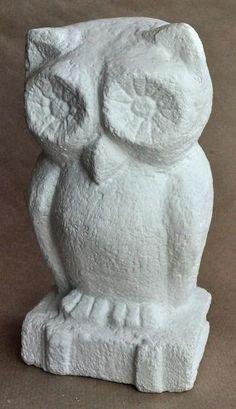 Art Pierre, Art School, Garden Sculpture, Diy And Crafts, Statue, Outdoor Decor, General Crafts, Stones, Bohemian Fashion