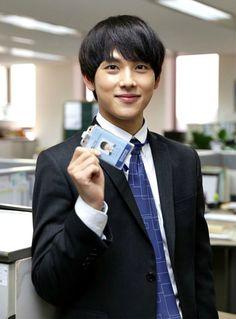 "Im Shi-wan: ""I had to take Misaeng"" » Dramabeans » Deconstructing korean dramas and kpop culture"