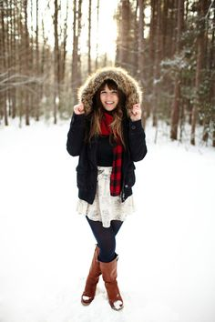 adorable bride-to-be in snowy, winter engagement shoot - photo by Michigan based wedding photographers Bryan and Mae Snow Photography, Outdoor Photography, Fashion Photography, Levitation Photography, Exposure Photography, Abstract Photography, Wedding Photography, Winter Senior Pictures, Winter Pictures