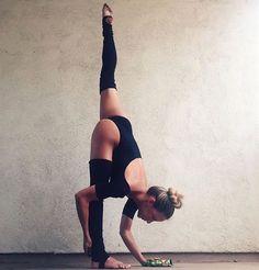 Follow : |•Buseakan•| #YogaPhotography