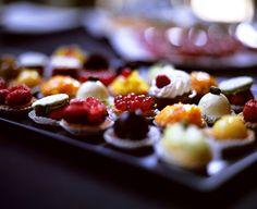 Mini Patisserie from Laduree Dessert Mini Desserts, Just Desserts, Delicious Desserts, Dessert Recipes, Dessert Cups, Dessert Food, Mini Patisserie, Patisserie Design, Christmas Canapes