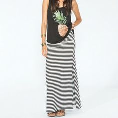 Cute stripe maxi skirt with loose tank. Easy outfit.