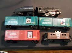 Vintage,, Life-Like HO Scale Train Set .  engine , tender, 2 boxcars and caboose