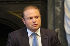 Maltese Prime Minister Joseph Muscat will resign in January after recent news implicating his administration in the role of the 2017 murder of journalist Daphne Caruana Galizia. Europe News, Recent News, Inbound Marketing, Malta, Blockchain, Tourism, Death, Muscat, Prime Minister