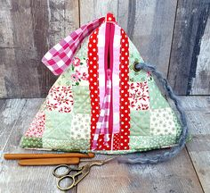 QUILTED TRIANGLE BAG Mint Pink Patchwork Style Pyramid Case Knitting Crochet Sewing Craft Project Basket Mint Pink Red Handmade Fabric Gift