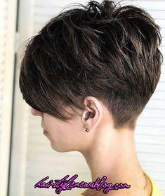 50 Best Pixie And Bob Cut Hairstyle Ideas 2019 – - Kurzhaarfrisuren Short Hairstyles For Thick Hair, Short Pixie Haircuts, Short Hair Cuts For Women, Pixie Hairstyles, Curly Hair Styles, Prom Hairstyles, Back Of Short Hair, Short Pixie Bob, Pixie Haircut For Thick Hair