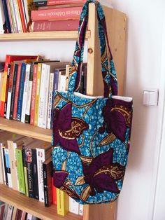 African fabric tote bag. €20,00, via Etsy.