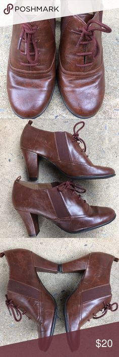 "NWOT Naturalizer Brown Heels Man made material, side elastics for additional room and comfort, 3"" heel. Shoes Heels"