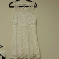 American Rag Vintage Lace White Dress Size L Worn 2 or 3 times. American Rag Dresses