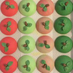 Apples for the teachers #cupcakes #toppers #thankyou #reallyyummycakes #cakedesigner #bespokecakes #hampshirecakes #winchestercakes #cakes #winchester #hampshire #designercakes #designinspiration #designprocess #ryfb