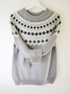 Pull tricoté main laine alpaga jacquard style islandais lopapeysa Icelandic Sweaters, Sweater Cardigan, Knit Sweaters, Fair Isle Knitting, Pattern Design, Knitting Patterns, Sweaters For Women, Pullover, Point