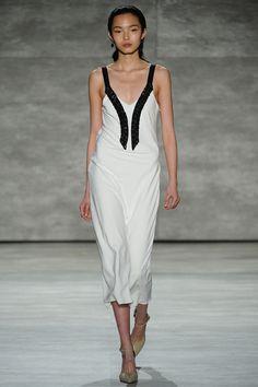 La robe bichrome du défilé Tome à New York