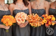 neat idea.. the same dresses, but different flower bouquets MonobotanicalOrange