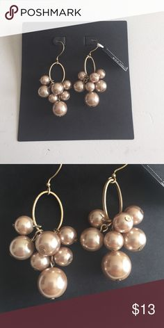Banana Republic pearl earrings Banana Republic gold earrings w/champagne drop pearls Banana Republic Jewelry Earrings
