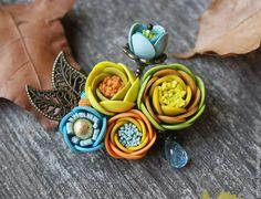 """Купить Брошь """"Солнечный Октябрь"""" - разноцветный, голубой цвет, желтый, золотистый, Осенние цвета, лютики"""