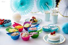 przyjęcie_urodzinowe_dla_dziecka Mini Cupcakes, Desserts, Food, Tailgate Desserts, Deserts, Eten, Postres, Dessert, Meals