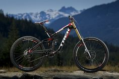 Top speed = Endless. Trek's new DH carbon bike is beautiful and will be ridden by the worlds best in 2012.