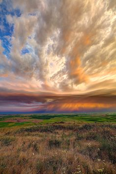 Thunderstorm from Steptoe Butte, Washington State