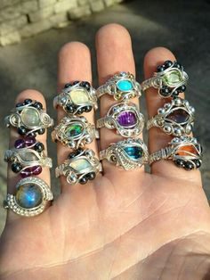 Bottom left ring Hand made jewelry from Fire Wire Works! Wire Rings, Wire Wrapped Rings, Beaded Rings, Beaded Jewelry, Art Du Fil, Bijoux Fil Aluminium, Do It Yourself Jewelry, Beads And Wire, Metal Jewelry