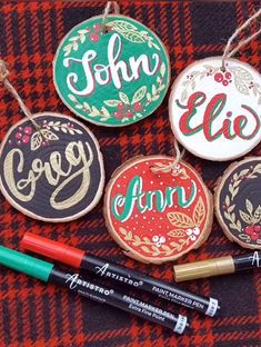 Cute idea for Christmas ornaments with names. Step by step tutorial created with Artistro wood slices kit. Easy tutorial with DIY Christmas ornaments christmas videos Christmas ornaments with names Wooden Christmas Ornaments, Painted Ornaments, Christmas Wood, Christmas Wrapping, Christmas Decorations, Christmas Names, Christmas Videos, Xmas, Wood Slice Crafts