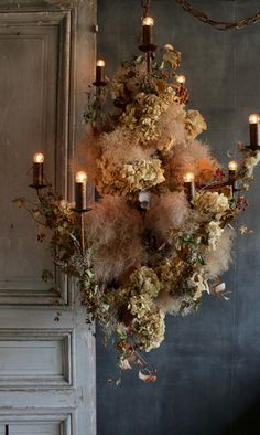 fall home decor Hanging Flower Arrangements, Hanging Centerpiece, Floral Arrangements, Flower Shop Decor, Flower Installation, Countryside Wedding, Bridal Flowers, Dream Decor, Eclectic Decor