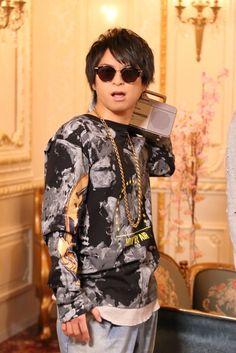 "浪川大輔 - [In] ""PARP! ' # 4 now is talk radio-cassette & gold necklace here → http://www.animatechannel.com/movie/251543031161439 … #浪川大輔 #柿原徹也 #江口拓也"