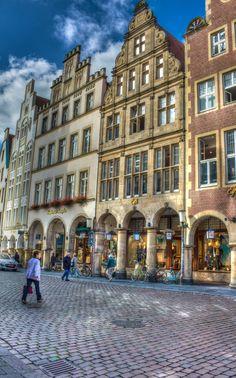 Munster, Prinzipalmarkt ||| Bilder Foto Agentur Münster - FOTOSUCHEN.COM - Bildagentur Bilderdatenbank Fotos Münster - Professionelle Fotos aus Münster, Bilderdatenbank und weltweite Auftragsfotografie - FOTOSUCHEN.COM
