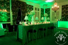 Chic Cocktail Hour     #greenisthenewpink #popofcolor #cocktailhour