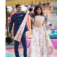 How Much Does A Manish Malhotra Lehenga Costs? Bridal Lehenga, Bridal Gowns, Manish Malhotra Lehenga, Mehndi Dress, Indian Bridal Wear, Bridal Outfits, Party Wear, How To Wear, Beautiful
